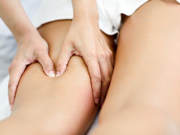 masaje-piernas-reafirmantes-centro-estetica-vigo