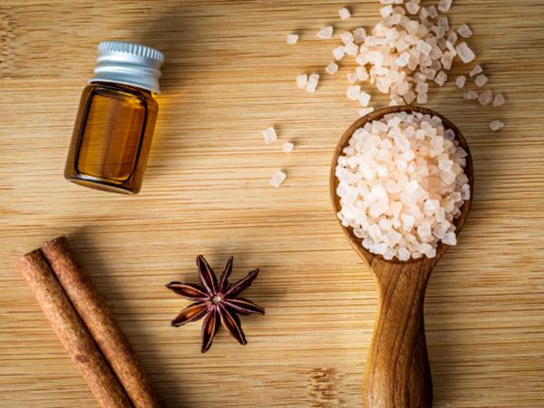 masaje relajante con aceite de canela en vigo