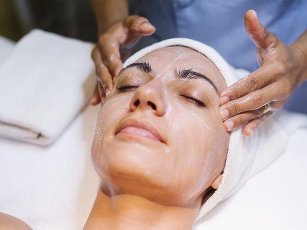 tratamiento para mantener la higiene del rostro en vigo